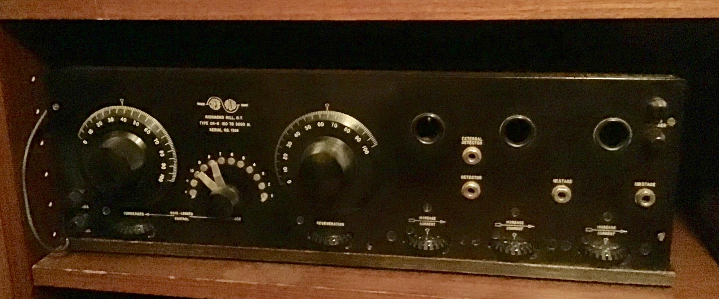 Grebe. Model CR-9